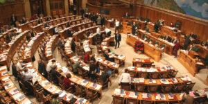 Einhellige Meinung: Nationalrat soll für die Zusammenführung von Print- und Online-Förderung stimmen.